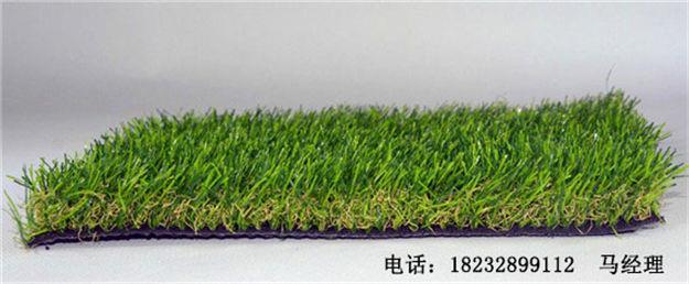 安阳林州施工工地围挡新型环保仿假草皮好处多少钱=15373371665—