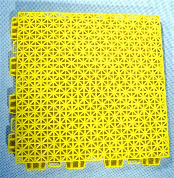新闻?#27721;?#21335;幼儿园拼装式地板价格/案列:嵊泗县